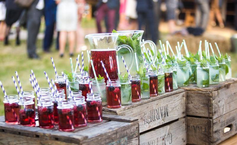 wedding reception cocktail bars